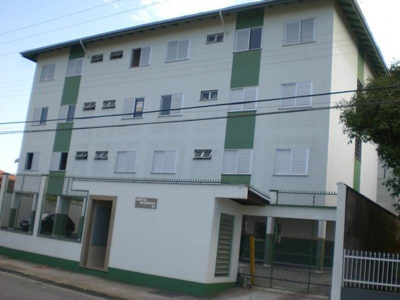 Apartamento No Saguaçú Com 1 Quartos Para Locação, 27 M² - La352