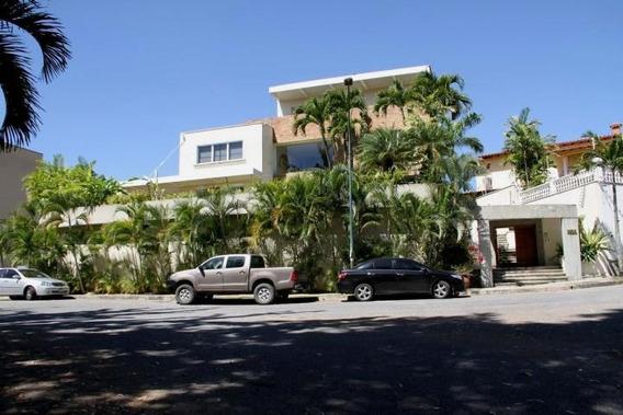Casa En Venta Los Samanes 0424.158.17.97 Ca Mls #20-15698