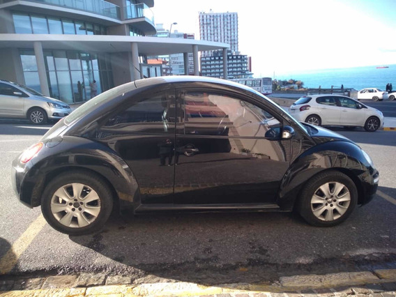 Volkswagen New Beetle 2.0 Advance At 2010