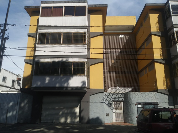 Se Vende Apartamento En El Centro De Barquisimeto 1920453
