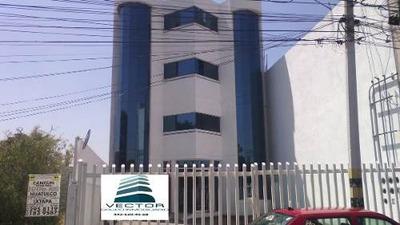 Precioso Edificio Para Oficinas En Renta Ubicado En Jardines De La Hacienda Qro