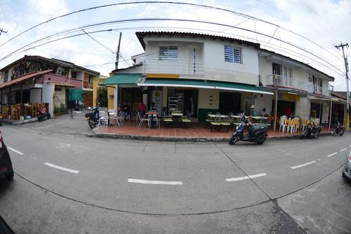 Casa Y 3 Locales