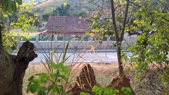 Casa Com 5 Quartos Para Comprar No Araguaia Em Ponte Nova/mg - 3702