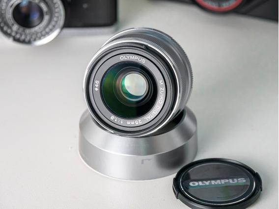 Lente Olympus 25mm F1.8 Panasonic M4/3 Mft Micro Four Thirds