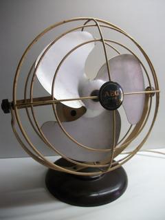 Antiguo Ventilador De Mesa Aeg Mod Baquelita