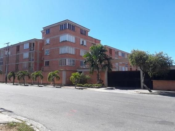 Apartamento En Venta En Ciudad Alianza Guacara 20-5774 Gav