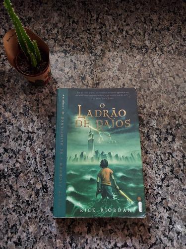 Percy Jackson O Ladrão De Raios - Livro Usado