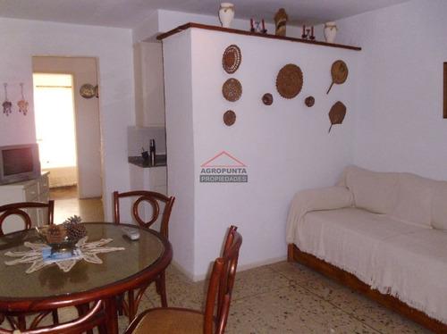 Pleno Centro De Punta Del Este * 1 Dormitorio- Ref: 2864