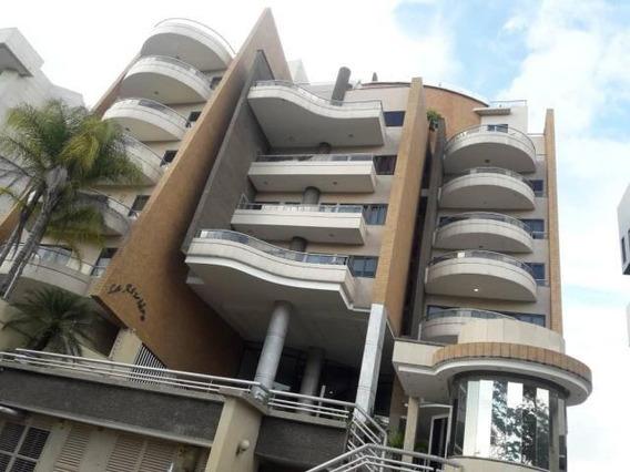 Apartamento En Venta En Terrazas Del Country 20-8132 Ajc