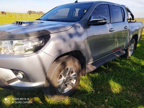 Toyota Hilux 3.0 Cd Srv Tdi 171cv 4x4 - A3 2016