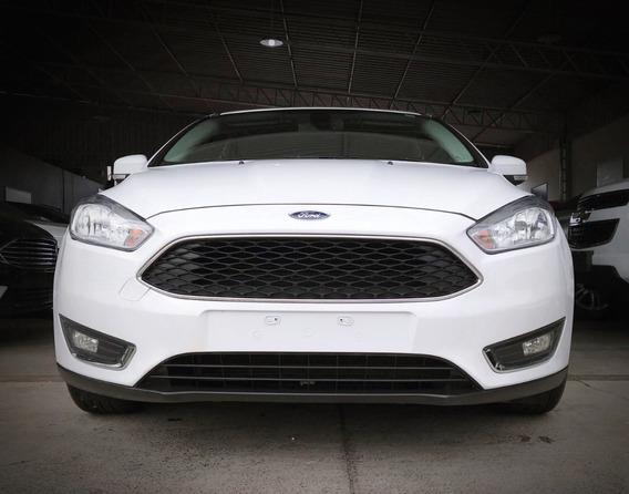 Ford Focus Se Fastback Aut. 2.0. Branco 2016/17