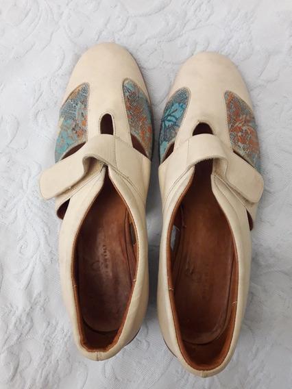 Zapatos De Cuero Con Base De Goma N° 40