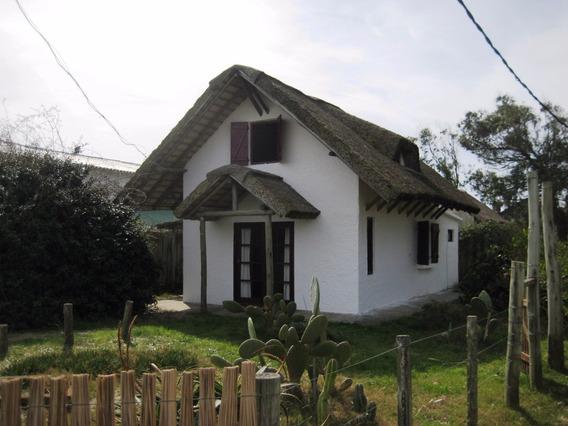 Casa Guyunusa, Muy Cerca De La Playa Y Del Centro.