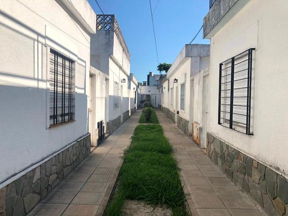 Alquiler Ph 3 Ambientes Con Patio En Castelar Centro.