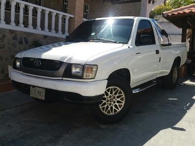 Toyota Hilux 2.7 Lt