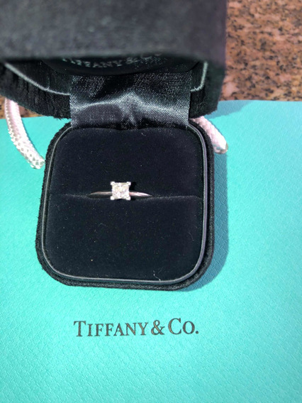 Anel Solitário Tiffany