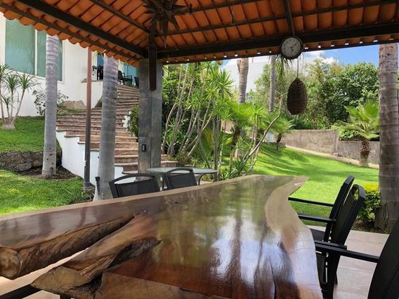 Hermosa Casa En Renta En Las Cañadas