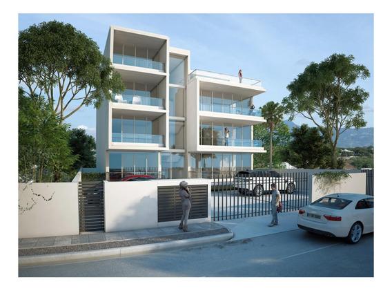 Moderno Y Amplio Apartamento En Exclusiva Zona De Santiago