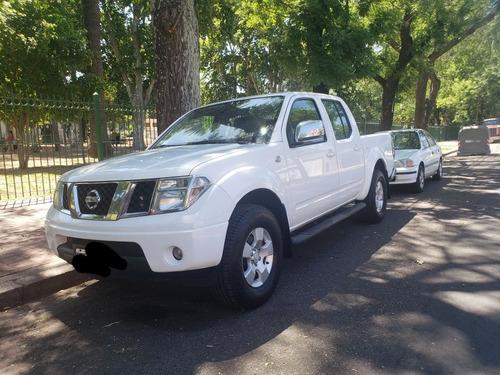 Nissan Frontier 2010 2.5 Le Cab Doble 4x4
