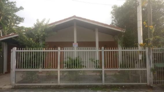 Casa Para Locação De Comércio No Centro