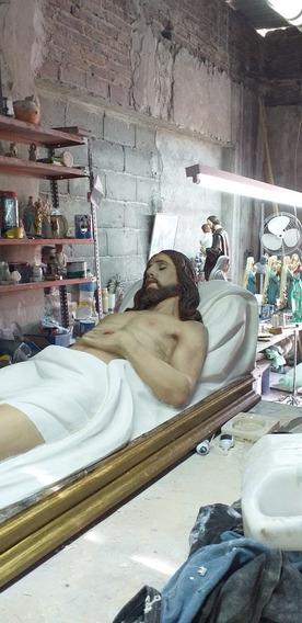 Cristo Yacente De 1.40m De Resina