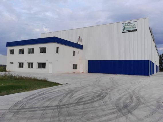 Nave Industrial De 2400 M2 Cubiertos En General Rodriguez