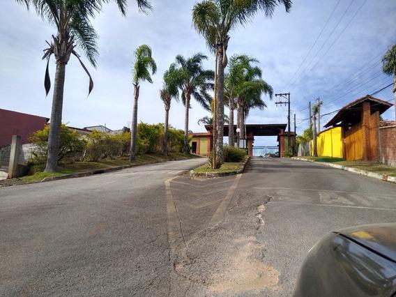 Ótimo Condomínio Asfalto Na Porta