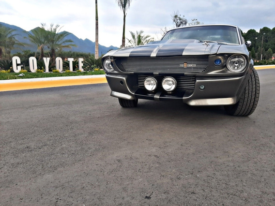 Ford Mustan Fast Back Gt500e