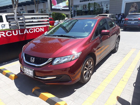 Honda Civic 1.8 Ex Sedan L4 . At 2014