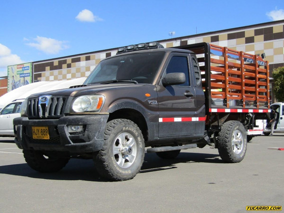 Mahindra Pick Up Estacas