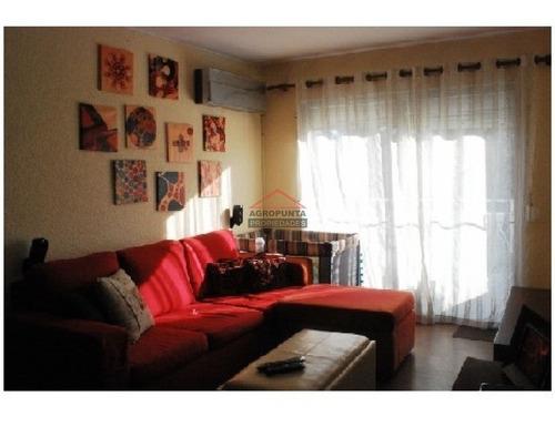 Apartamento En Aidy Grill, 2 Dormitorios *- Ref: 3001