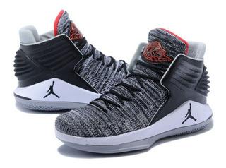 Nike / Air Jordan Xxxii / Black University