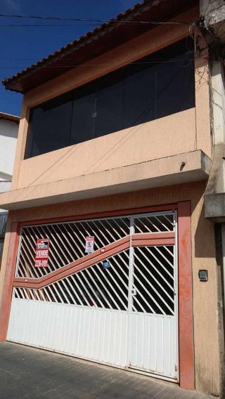 Sobrado Em Guarulhos, 200m², Com 4 Quartos E 2 Vagas