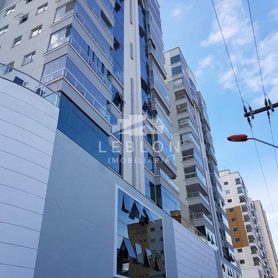 Apartamento Finamente Mobiliado Em Meia Praia - 1159