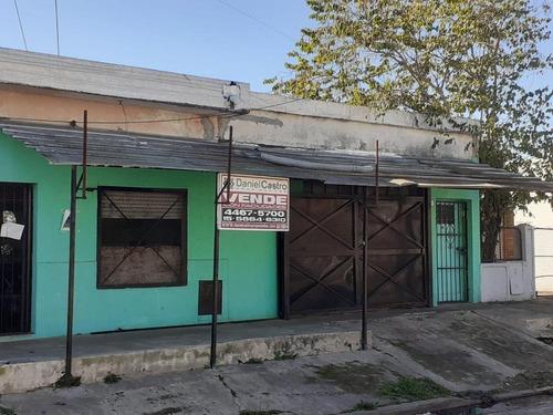 Imagen 1 de 11 de Casa 5 Ambientes En Gregorio De Laferrere