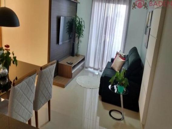 Apartamento 2 Dormitórios Sendo 1 Suíte - Ap03534