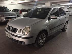 Volkswagen Polo Sedan 1.6 Comfortline Total Flex 4p 2005