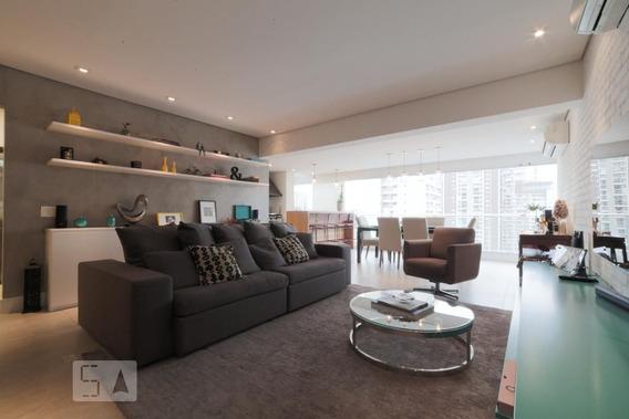 Apartamento No 11º Andar Com 2 Dormitórios E 2 Garagens - Id: 892957499 - 257499