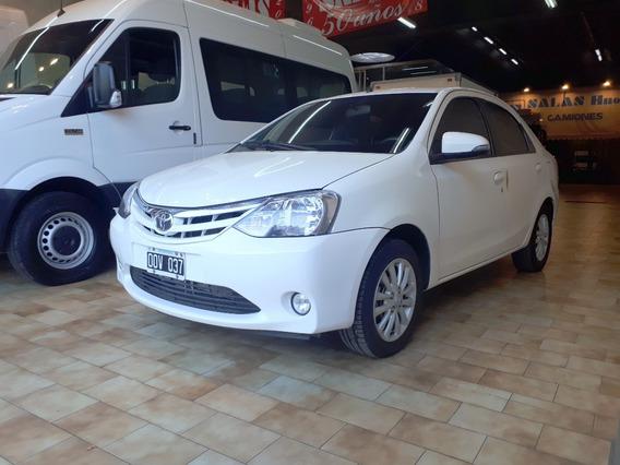 Toyota Etios Xls Full Gnc