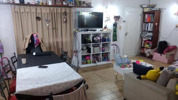 Alquiler Casa 2 Dormitorios C/cochera. Diag 73 E/ 119 Y 120