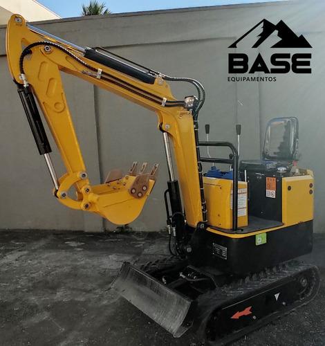 Imagem 1 de 8 de [nova] Mini-escavadeira 980kg