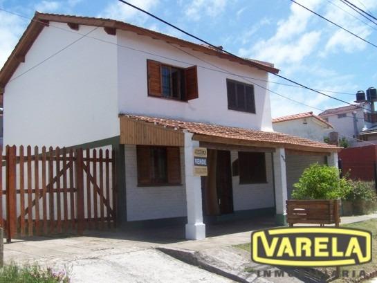 Duplex 3 Ambientes Al Frente - Mar Del Tuyu (calle 1 N°5545)