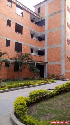 Sky Group Vende Apartamento En Res. Las Trinitarias