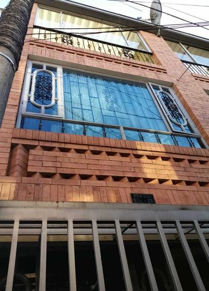 Vendo Casa Nueva, 3 Pisos Ubicada En Quirigua-zona Comercial