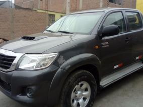 Vendo Toyota Hilux 4x4 Turbo Interculer