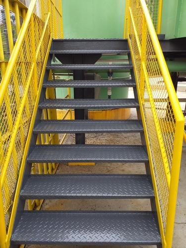 Imagem 1 de 1 de Escada Ferro