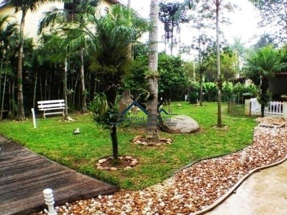 Loft Espaçoso Com Jardim E Varanda Envidraçada! - 356