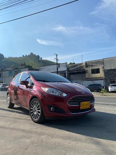 Ford Fiesta Titanium Hatchback 1.6 C.c Automático