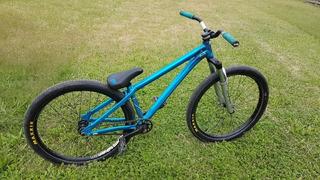 Bicicleta Ns Zircus Dirt Jump