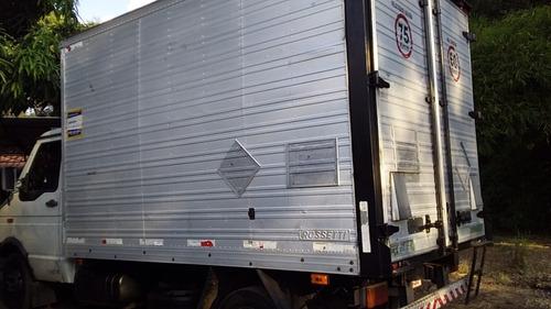 Caminhão Iveco Daily 5013 Baú